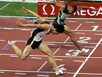 If you haven't got a blogging clue about competitor analysis